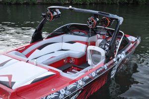 Marine Stereo in Wakeboard boat