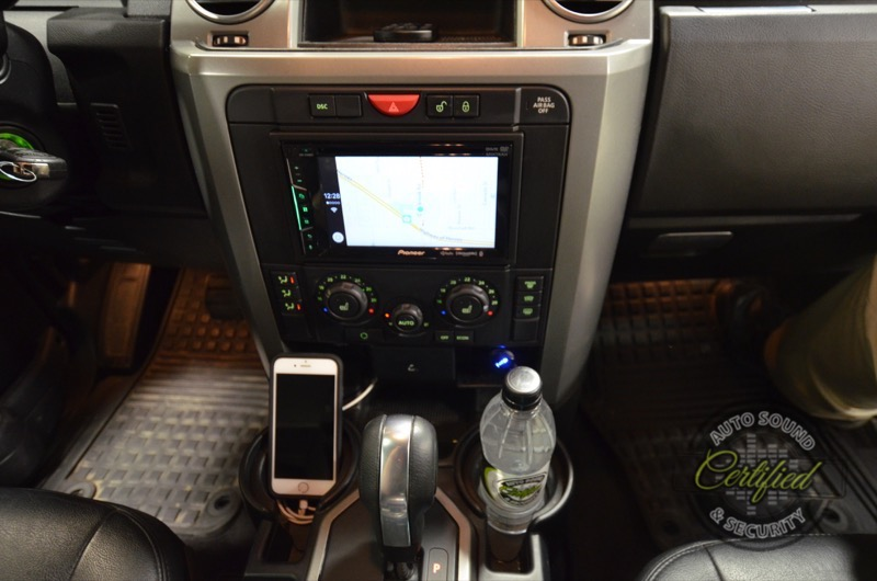 Land Rover Lr3 Audio System With Apple Carplay Certified Autosound