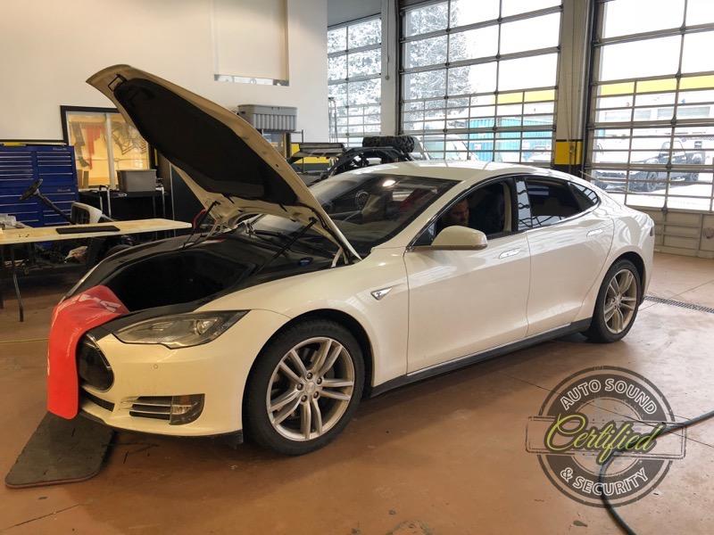 2015 Tesla Model S Stereo System - Certified Autosound